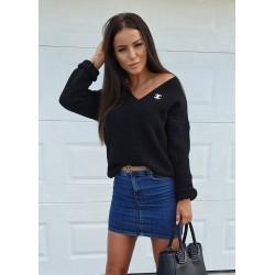Sweter z broszką Chanel -...